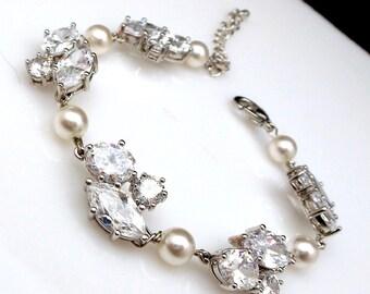 bridal bracelet wedding jewelry Swarovski white cream round pearl cluster bracelet clear white cubic zirconia multi shape pearl bracelet