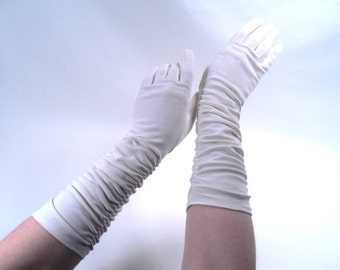 Opera Gloves with Ruching White Size A Vintage 50s