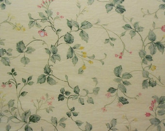 Vine with Flowers on Yellow Fabric Fat Quarter