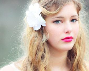 Bridal hair clip for Wedding, Ivory flower hair clips, bridal hair flower, fascinator