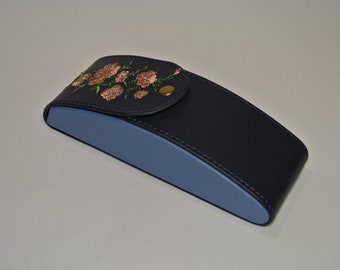 Glasses Case With Flower Ornament