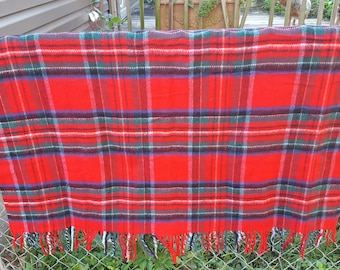 Vintage Acrylic Red Plaid Throw