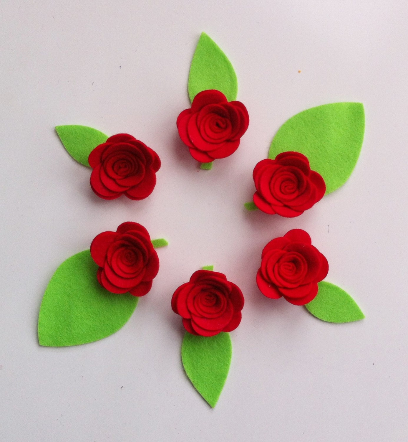 12 hand made red felt 3d flowersroses lime felt leaves felt sold by cutzbothways izmirmasajfo