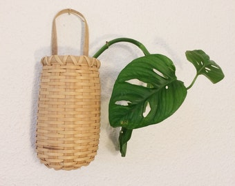 Wicker wall pocket/vintage woven plant holder