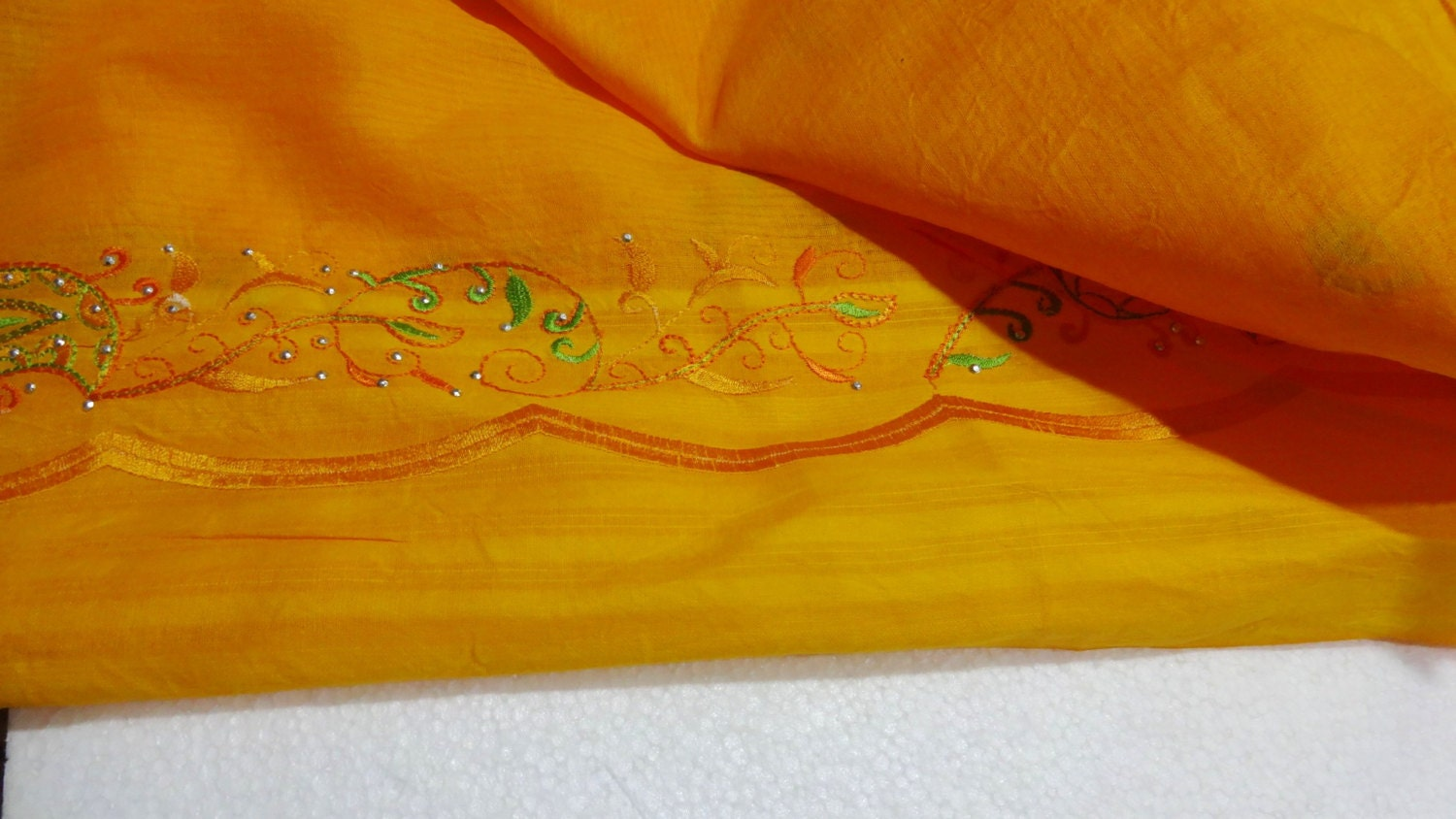 Indian Dupatta Long Stole / Wrap Scarf with Beautiful