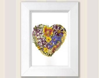 Pressed Flower Art Pressed Botanicals Dried Flower Frame Flower Heart Flowers Frame Heart Picture Wall Hanging Valentine's Day Heart Decor