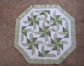 Octagonal quilt top with backing material