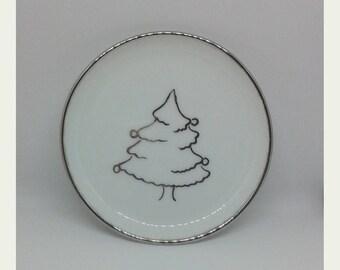 Small dish Christmas theme