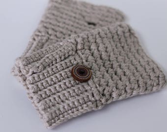Texting gloves/driving gloves/fingerless mittens - extra fine merino with wood accent buttons (oatmeal beige)