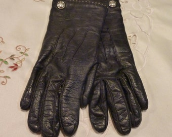 Vintage Women's Black Leather Gloves - Women's Coach Gloves ~ 6 1/2 ~Fully Lined -Treat Yourself to Some Luxury -Perfect for those Cold Days