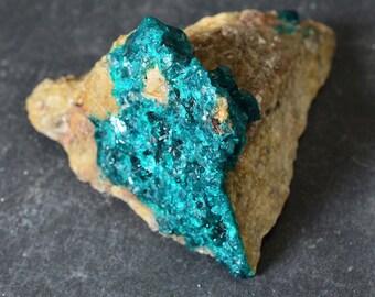 DIOPTASE Natural crystal 86 grams on matrix, chakra stone #6157 - KAZAKHSTAN, Altyn Tube