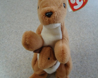 Vintage 1996 Ty Pouch the Kangaroo Beanie Baby