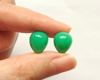 Jade Green Chalcedony Upside Down Half Drilled Acorn Inverted Drops 10x12 mm One Pair F4193