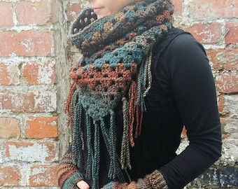 Crochet scarf .Fringed scarf .Triangle scarf with fringe .Crochet cowl .Crochet neckwarmer .Crochet snood ,