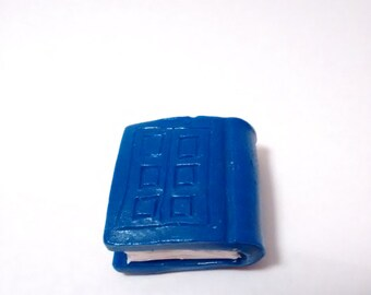 DOCTOR WHO River song's Diary,  Doctor who, Fandom cosplay, Dr who pendant