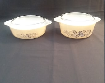 Pyrex Homestead 1 Quart and 1 1/2 Quart Casseroles and Covers
