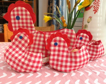 Chicken egg basket with 3 chick egg cozies, cotton hen and chicks, Easter decoration, hand made egg warmers, egg cozies in white and red