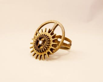 Steampunk inspired bronze and rhinestone ring