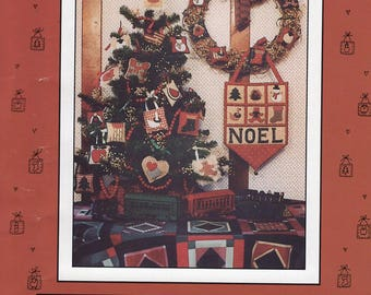 Free Us Ship X Cross Stitch Pattern  Mumm's the Word Christmas Penstitch Ornaments Noel Primitive Folk Art Debbie Mumm 1988 Unused Door