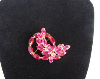 Gorgeous Pink Gold Navette Brooch