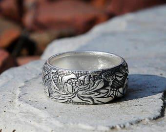 Embossed Lotus Vintage Style Silver Ring, Tibetan Buddhism Ring, Meditation Jewelry, Buddhist Prayer Ring, Mens Ring, Nepal Ring, Women Ring