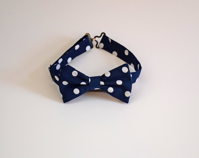 Boy's pre-tied Bow Tie, navy blue with white polka dots, father/son matching ties, wedding accessory, toddler bow tie, ring bearer bow tie,