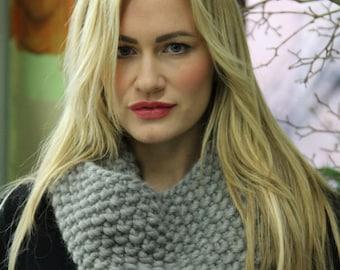 Lola Bean Cowl Knitting Pattern