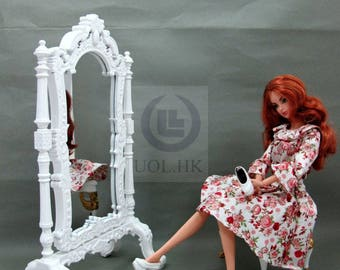 """1:6 Play Scale Wooden White Standing Mirror For Barbie doll / 12"""" dolls"""