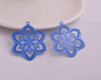 2 prints filigree blue metal flowers 40 x 33 mm