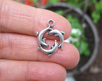 10 Dolphin Charms in Silver Tone - C2727