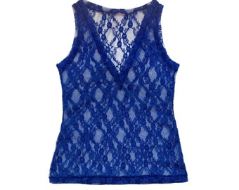 Blue lace camisole without sleeve and V neck