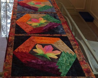 Tumbling Leaves quilted table runner