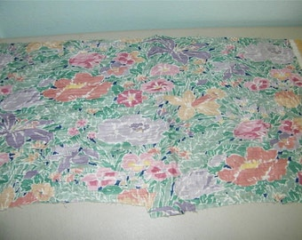 Vintage Pleated Floral Home Dec Fabric Chintz 12064