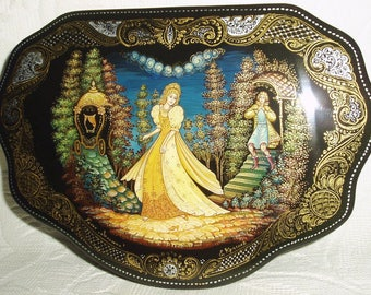 """Russian Lacquer box Palekh """" Cinderella """" miniature Hand Painted"""