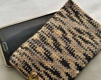 Crochet Phone Caddie, Phone Cozy, Phone Sleeve, Crochet Mobile Phone Cover, Smart Phone Case, iPhone Cover, Samsung Phone Cover (brown)