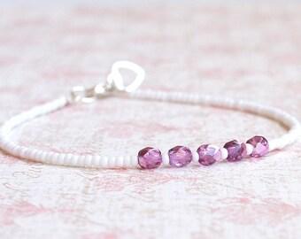 White Seed Bead Bracelet, Beaded Bracelet, Stacking Bracelet, Minimalist Bracelet, Dainty Bracelet, Simple Bracelet, Delicate Bracelet
