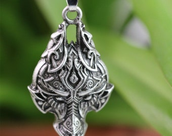 Beautiful viking amulet, Wolf, Celtic Wolf pendant necklace