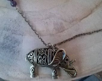 Metal elephant necklace bronze and Amethyst