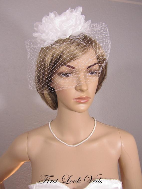 White Fascinator Veil, Bridal Birdcage Veil, White Bird Cage Veil, White Russian Netting Veil, Wedding Vail, Birdcage Veil, Bridal Atttire