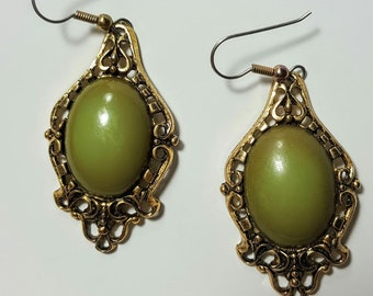 Large Vintage Earrings/Green Large Cabochon Earrings/Boho Style Earrings/Dangle Earrings/Brass Earrings/Gypsy Boho Chic/Vintage Jewelry