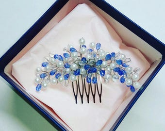 Comb white-blue with crystal beads