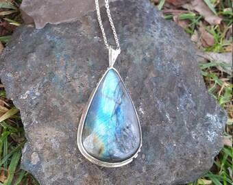 Labradorite Necklace - Handmade & Silver