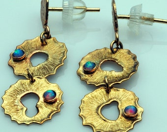 14K solid gold Handmad  Earring with Opal