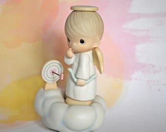 "Precious Moments Figurine ""Sending My Love Figurine"" Enesco 1985"