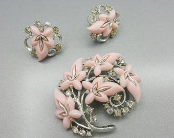 Star Signed Pink Thermoset Rhinestones Brooch and clip earrings Art Deco Wedding Demi Parure Retro Mothers Day set