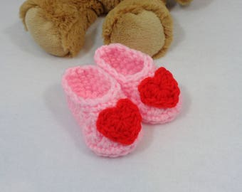 Pink Valentine's Day Crochet Baby Booties, Baby Shower Gift, Pink with Red Heart Baby Slippers, Simple Infant Shoe for Newborn Shower Gift
