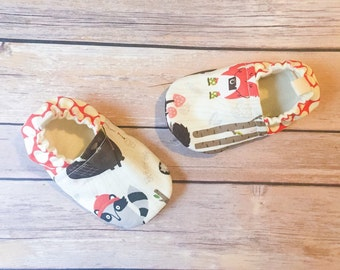 Campy Tula shoes, cloth shoes, baby booties, toddler shoes, baby shoes, crib shoes, cloth booties, baby shower gift, woodland shoes