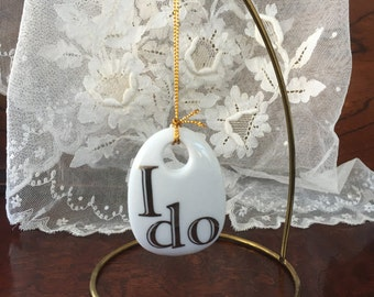 "Bouquet Charm - ""I DO"""