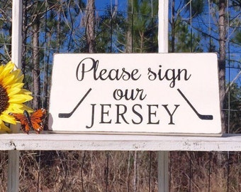 WEDDING SIGNS | Please sign our JERSEY | Bride and Groom Signs | Mr and Mrs | Wood Wedding Signs | 6 x 11.5
