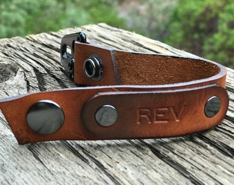 Leather Keychain - Personalized Tag - Oiled Leather Keychains by TahoeLeather - Military Style HK Clip and Gun Metal Snap